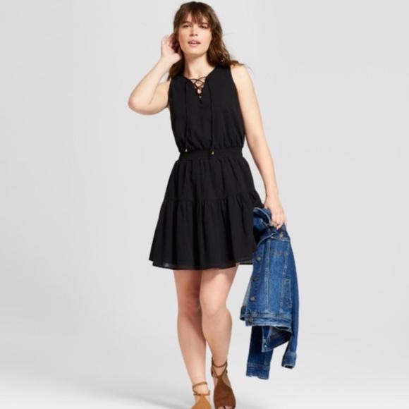 1c0efb1d6ff Universal Threads Women s Smock Waist Dress Black
